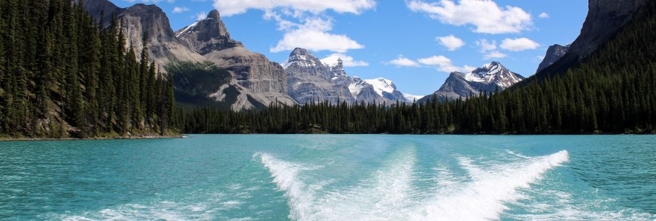 Scenic boating views in Alberta